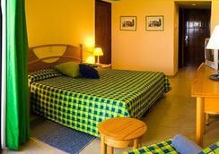 格蘭卡里貝普塔雷娜卡勒塔海灘酒店 - Varadero - 臥室