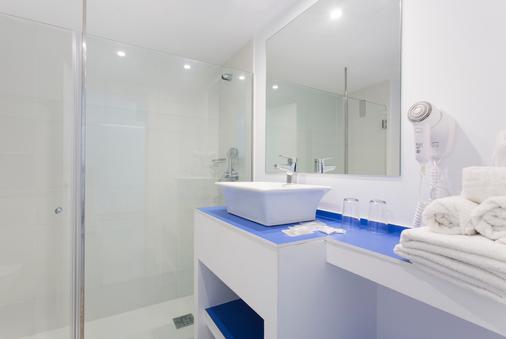 Hotel Guya Wave - Cala Ratjada - Bathroom