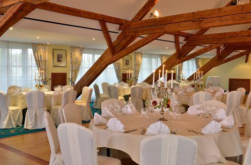 Hotel Der Lindenhof - Gotha - Banquet hall