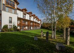 Ayurveda Resort Mandira - Bad Waltersdorf - Building