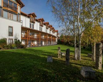 Ayurveda Resort Mandira - Бад-Вальтерсдорф - Здание
