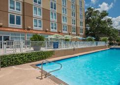 DoubleTree by Hilton Biloxi - Biloxi - Pool