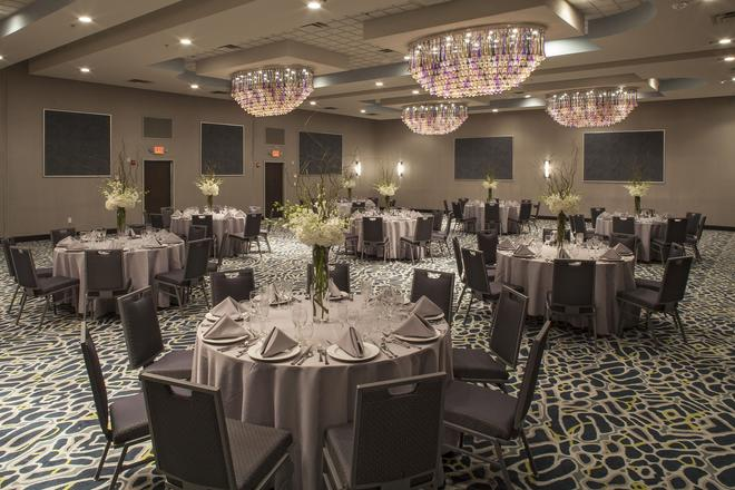 DoubleTree by Hilton Hotel Jacksonville Airport - Jacksonville - Banquet hall