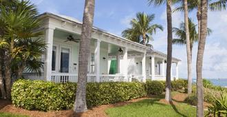 Sunset Key Cottages - Key West - Gebäude
