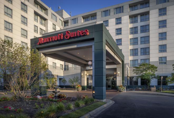 Chicago Marriott Suites Deerfield - Deerfield - Building