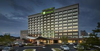 Holiday Inn Alexandria at Carlyle - Alexandria - Edificio