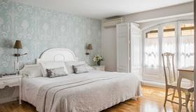 Hotel Infanta Isabel - Segovia - Bedroom