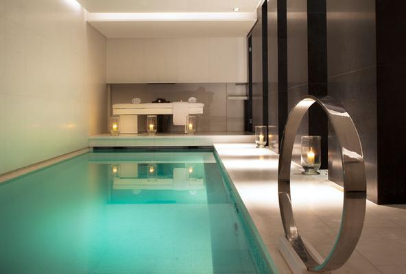 Le Metropolitan, a Tribute Portfolio Hotel, Paris - París - Piscina