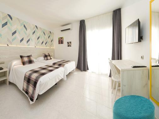 伊維薩島機場雷酒店 - 依比薩 - 伊維薩鎮 - 臥室