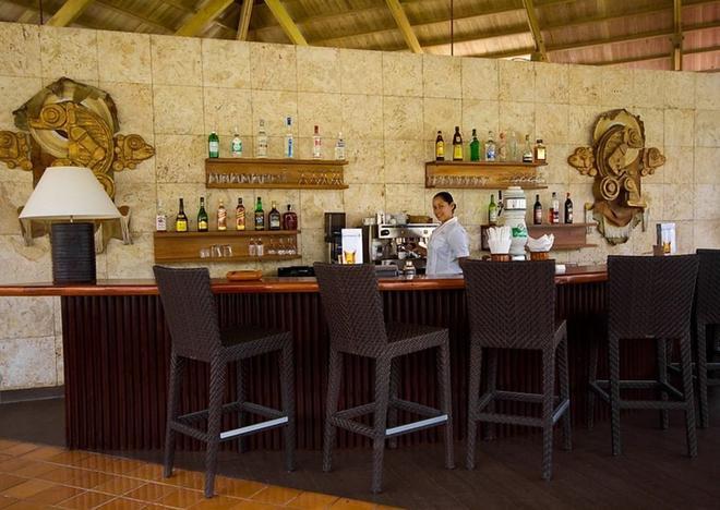 Catalonia Bavaro Beach, Golf And Casino Resort - Punta Cana - Bar