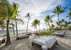 Catalonia Bavaro Beach, Golf And Casino Resort - Punta Cana - Beach