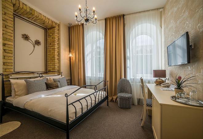 Art Hotel Moon Garden - Vilnius - Phòng ngủ