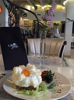 Art Hotel Moon Garden - Vilnius - Food