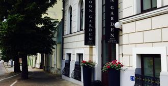 Art Hotel Moon Garden - Vilnius