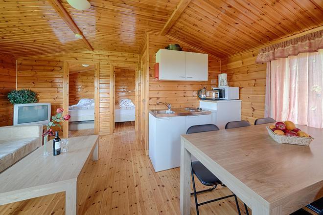 Hellisholar Cottages - Hvolsvöllur - Dining room