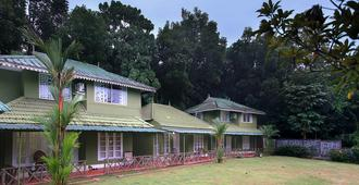 Elephant Pass Ayurveda & Yoga Retreat - Kochi