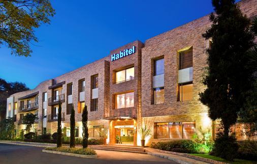 Hotel Habitel y Centro de Convenciones - Bogotá - Rakennus