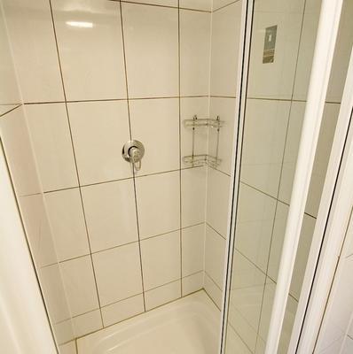 Melbourne House Hotel - London - Bathroom