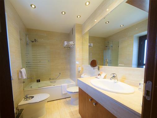 Hotel San Juan de los Reyes - Toledo - Phòng tắm