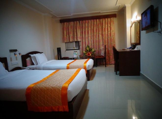 Bodhgaya Regency Hotel - Bodhgaya - Olohuone