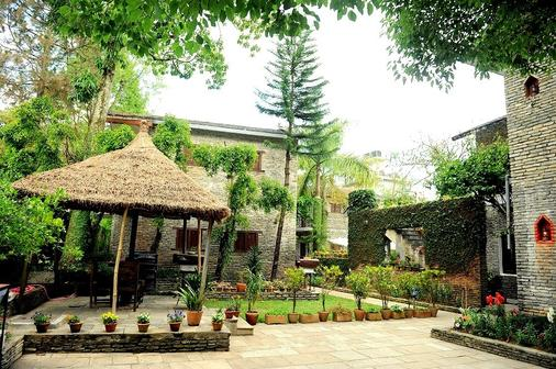 Mum's Garden Resort - Pokhara - Edificio