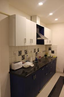 Joey's Hostel - New Delhi - Phòng bếp