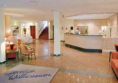 Upstalsboom Parkhotel - Emden - Lobby