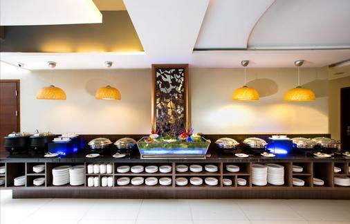 Siesta Legian Hotel - Kuta - Buffet