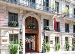 Buddha-Bar Hotel Paris - Paris - Building