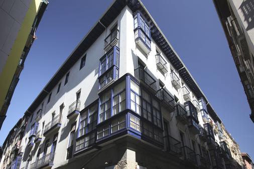 Casual Bilbao Gurea - Bilbao - Rakennus