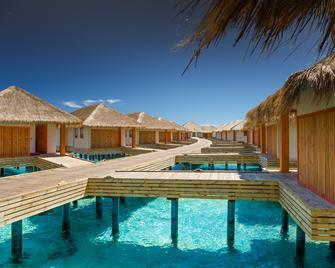 Kudafushi Resort & Spa - Meedhupparu - Gebouw