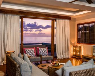 Kudafushi Resort And Spa - Meedhupparu - Wohnzimmer