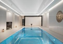 倫敦科技城蒙卡爾姆肖爾迪奇M 飯店 - 倫敦 - 游泳池