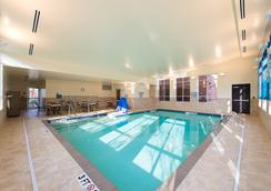 Hyatt Place Charleston Airport/Convention Center - North Charleston - Pool
