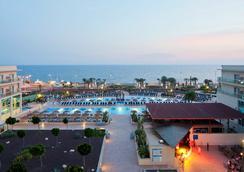 卡博加塔瑪爾花園水療酒店 - 阿爾梅里亞 - 阿爾梅利亞 - 游泳池