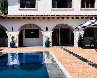 A Villa San Juan Bed & Breakfast - Bahia de Banderas - Gebäude