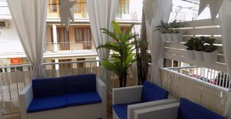 馬魯哈別墅青年旅舍 - 帕爾馬灘 - 埃爾阿雷納爾 - 陽台
