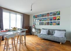 Le Gustave Topdestination-Dijon - Dijon - Wohnzimmer