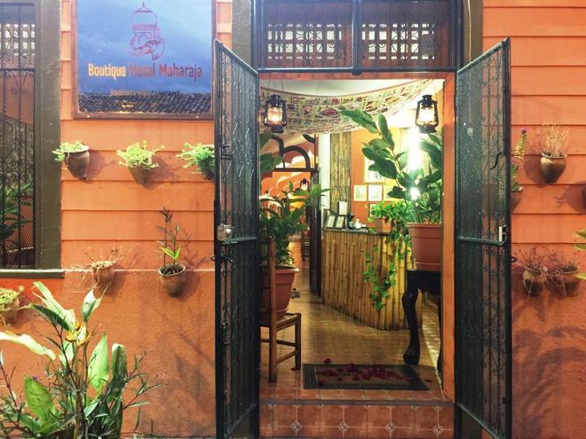 Boutique Hotel Maharaja - Granada - Rakennus