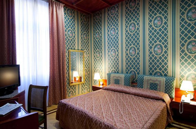 Hotel Galles - Рим - Спальня