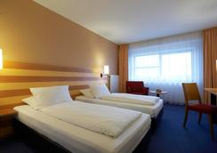 Intercityhotel Frankfurt Airport - Frankfurt/ Main - Phòng ngủ