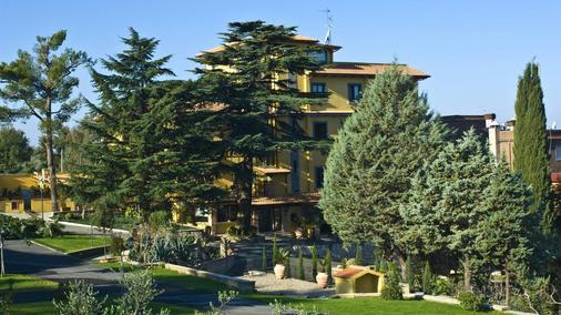 Poggio Regillo - Frascati - Outdoors view