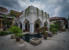 Pensativo House Hotel - Antigua - Κτίριο