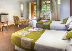 Easter Island Eco Lodge - Hanga Roa - Schlafzimmer