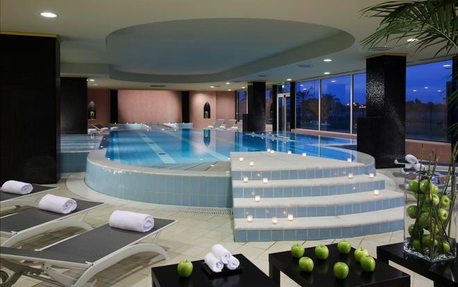 羅馬花園萬豪酒店 - 羅馬 - 羅馬 - 游泳池