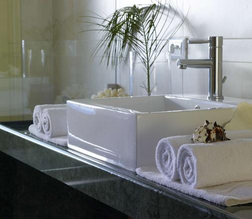 Elounda Ilion Hotel Bungalows - Elounda - Kylpyhuone