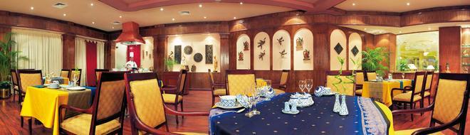 Cairo Pyramids Hotel - Cairo - Restaurant