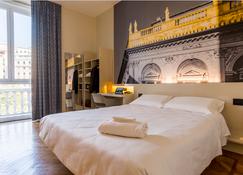 B&B Hotel Genova - Génova - Habitación