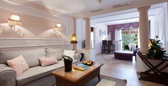 Lago Garden Apart-Suites & Spa Hotel - Cala Ratjada - Living room