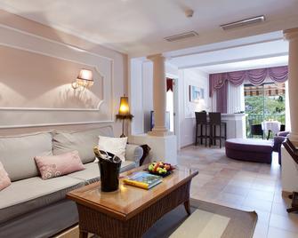 Lago Garden Apart-Suites & Spa Hotel - Cala Ratjada - Wohnzimmer